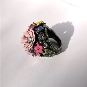 Juicy Couture flower statement ring